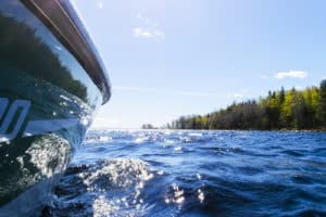 Boating Off Shore When Problems and Injury Happen at Lake